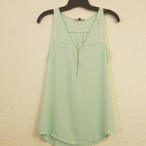 EXPRESS faux-pocket sleeveless dress shirt